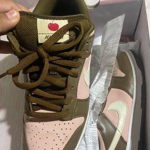 STUSSY x Nike SB